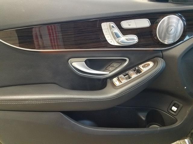 2017 Mercedes-Benz C-Class C 300 15