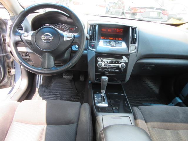 2009 Nissan Maxima 3.5 S 13