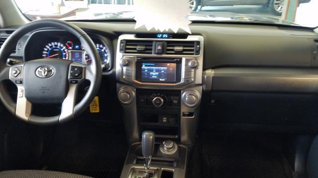 2016 Toyota 4Runner SR5 12