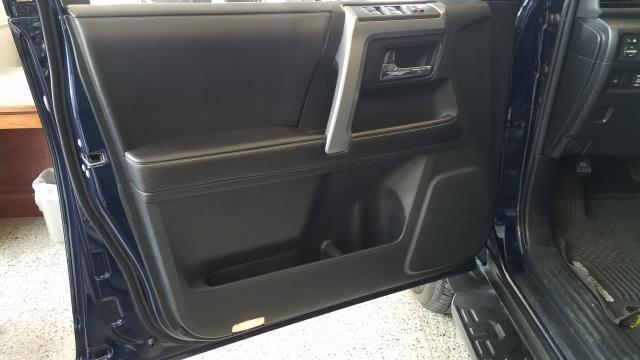 2016 Toyota 4Runner SR5 14