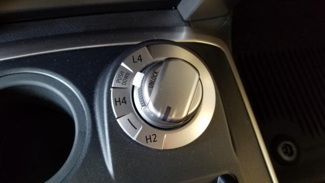 2016 Toyota 4Runner SR5 24