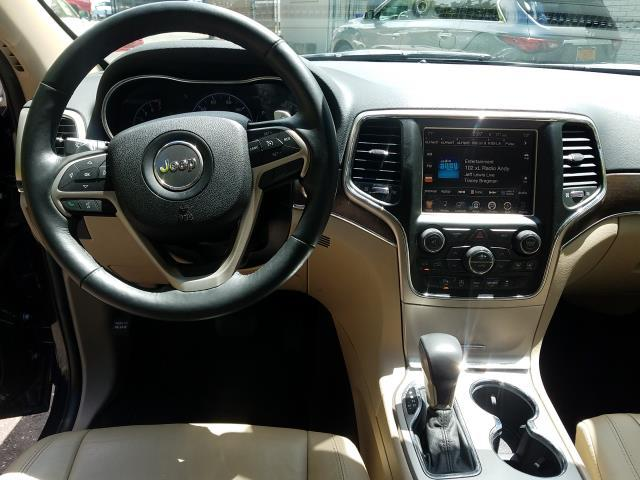 2016 Jeep Grand Cherokee Limited 14