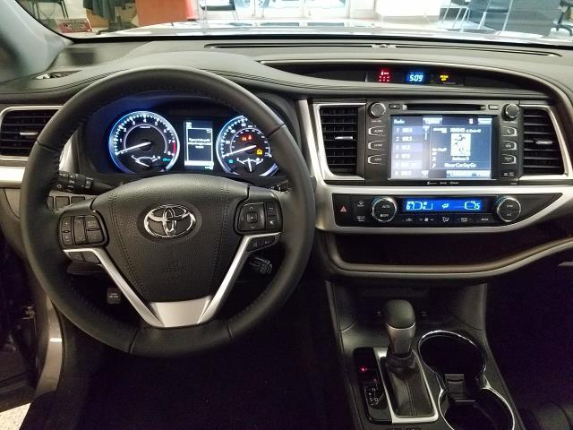 2019 Toyota Highlander XLE 11