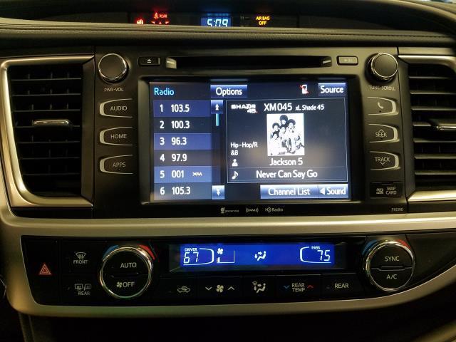 2019 Toyota Highlander XLE 16