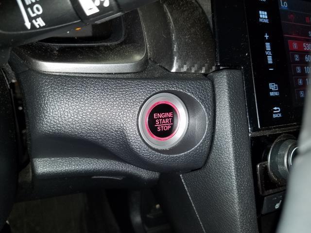 2017 Honda Civic Sedan Si 21
