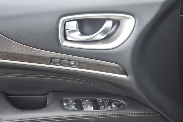 2018 INFINITI QX60 AWD 18
