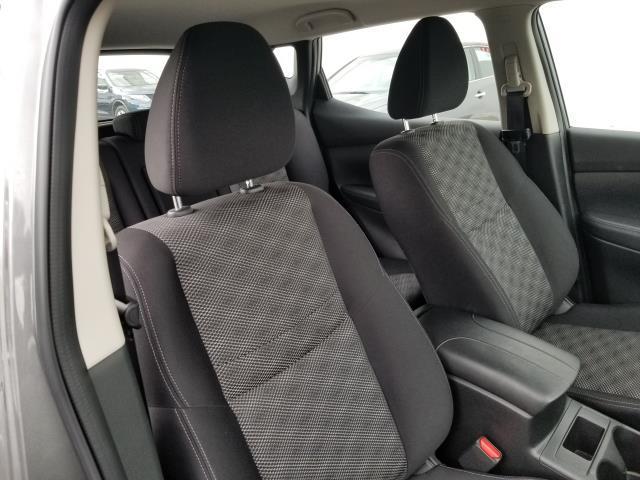 2018 Nissan Rogue Sport SV 10