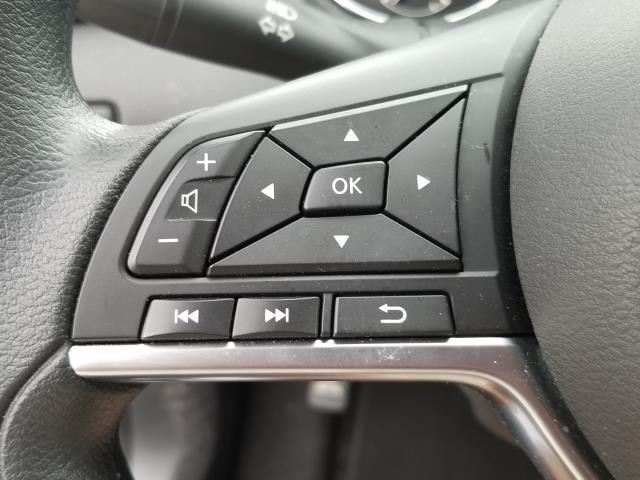 2018 Nissan Rogue Sport SV 17