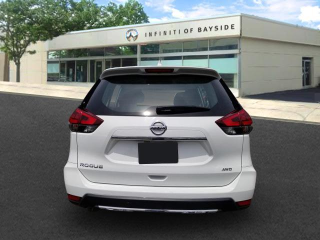 2018 Nissan Rogue S 2