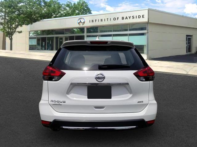 2018 Nissan Rogue S 2
