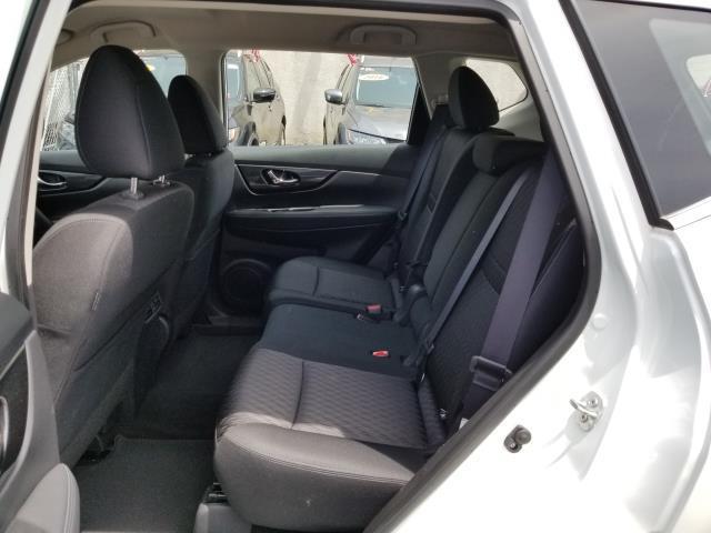 2018 Nissan Rogue S 4