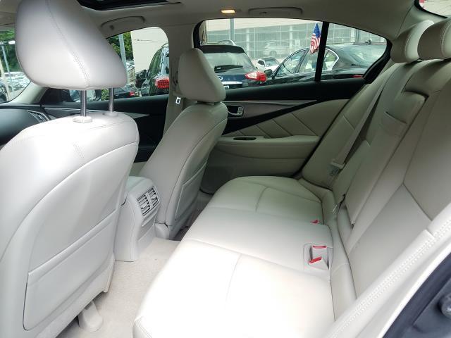 2015 INFINITI Q50 Premium 12