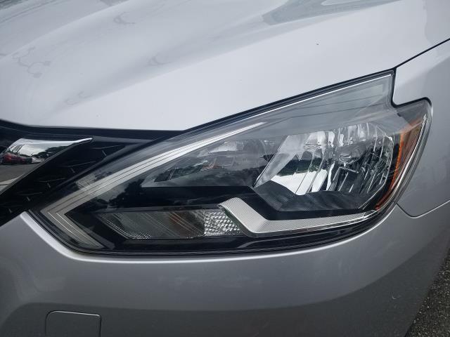 2016 Nissan Sentra SV 8