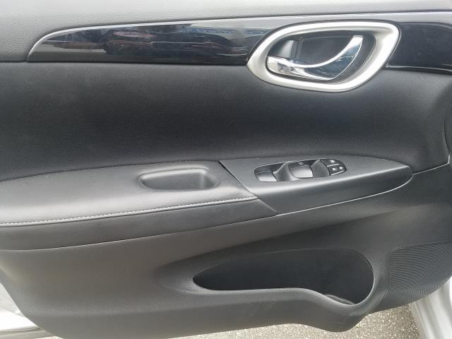 2016 Nissan Sentra SV 14