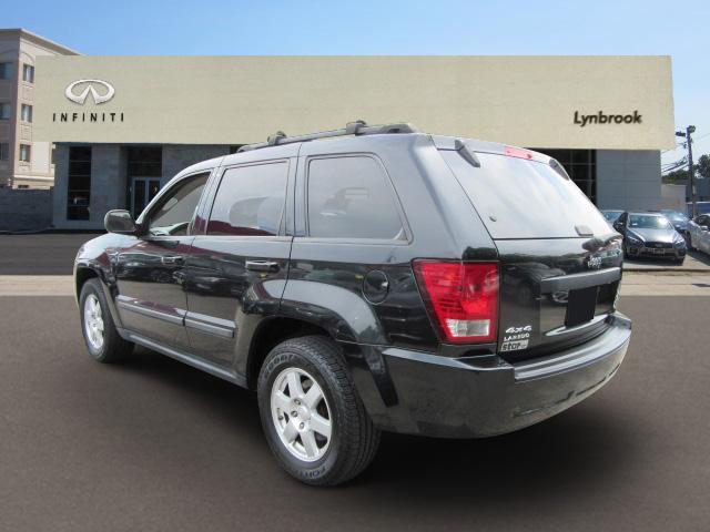 2009 Jeep Grand Cherokee Laredo 1
