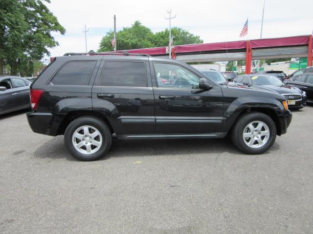 2009 Jeep Grand Cherokee Laredo 3