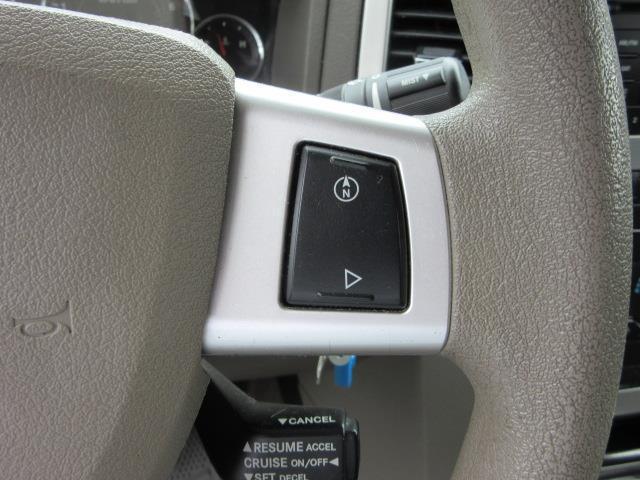 2009 Jeep Grand Cherokee Laredo 15