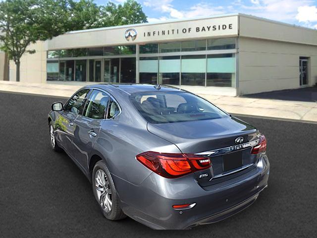 2016 INFINITI Q70 4dr Sdn V6 AWD 1