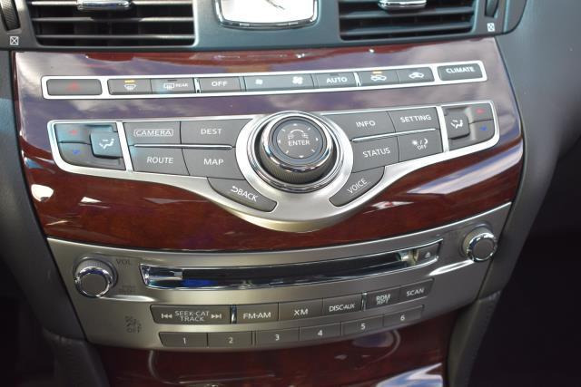 2016 INFINITI Q70 4dr Sdn V6 AWD 15