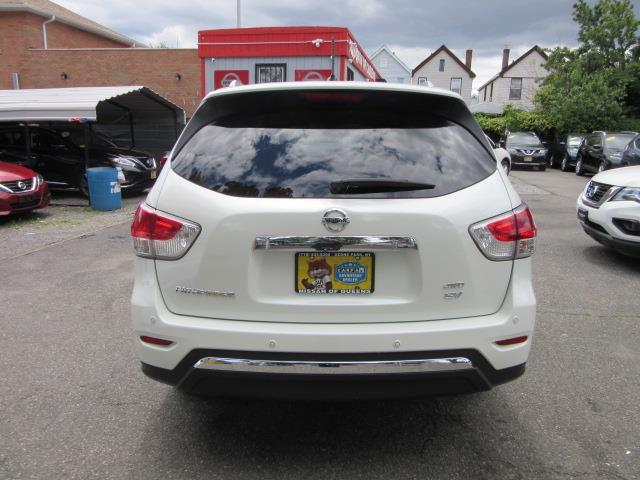 2016 Nissan Pathfinder SV 5