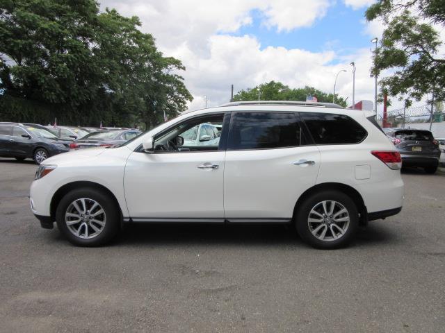 2016 Nissan Pathfinder SV 3