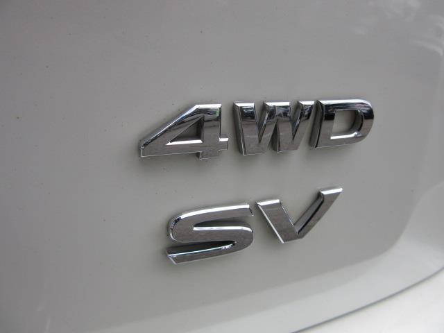 2016 Nissan Pathfinder SV 10