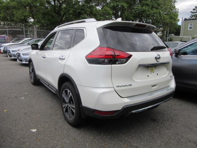 2017 Nissan Rogue SL 1