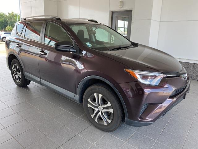 2016 Toyota Rav4 LE [3]
