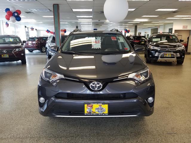 2016 Toyota Rav4 XLE 6