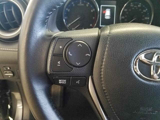 2016 Toyota Rav4 XLE 19