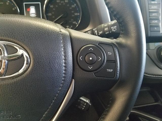 2016 Toyota Rav4 XLE 20