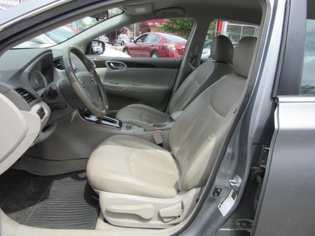 2013 Nissan Sentra SL 11