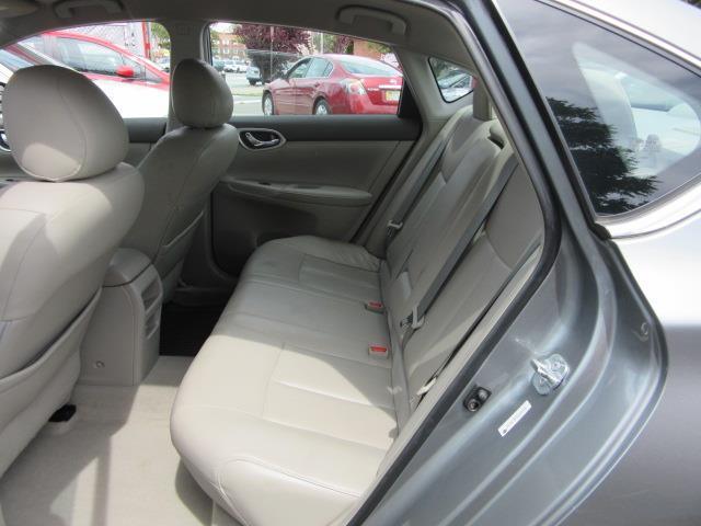 2013 Nissan Sentra SL 12