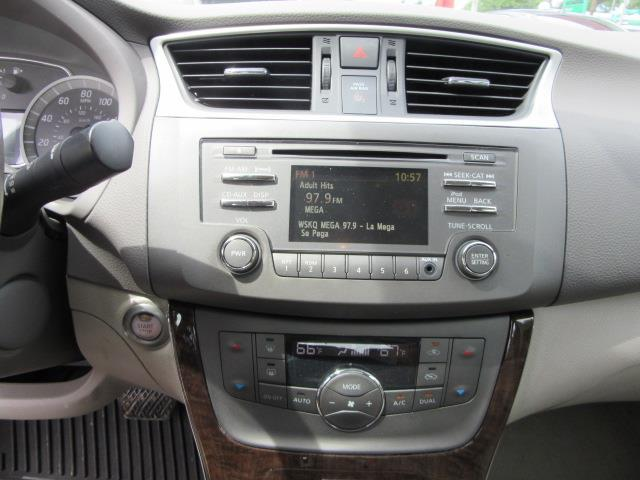 2013 Nissan Sentra SL 26