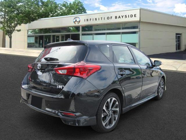 2017 Toyota Corolla Im CVT (Natl) 2