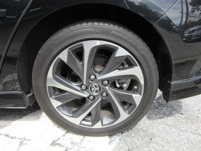 2017 Toyota Corolla Im CVT (Natl) 9