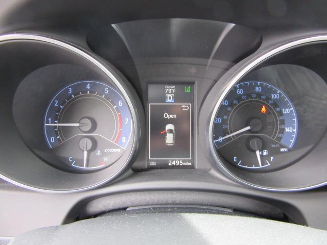 2017 Toyota Corolla Im CVT (Natl) 27