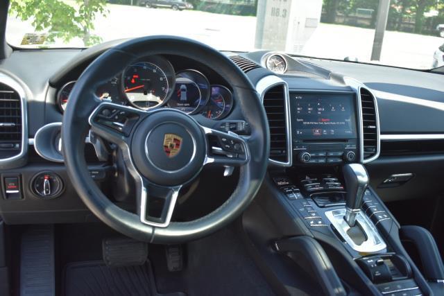 2018 Porsche Cayenne Platinum Edition 8