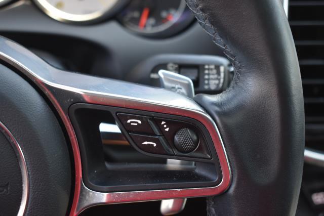 2018 Porsche Cayenne Platinum Edition 17