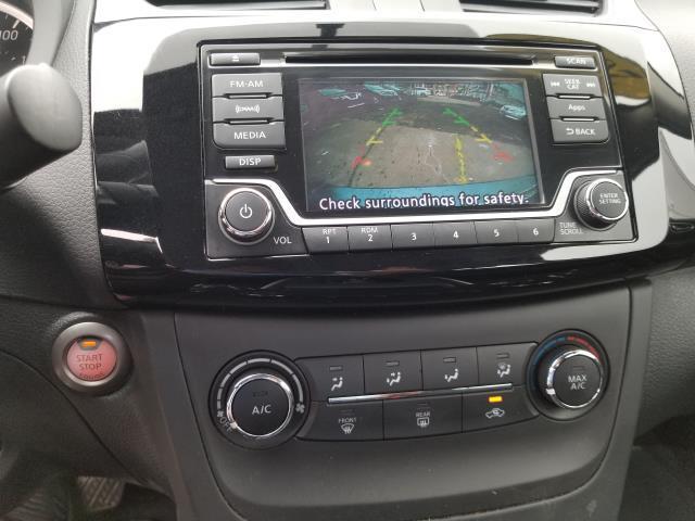 2016 Nissan Sentra SV 21