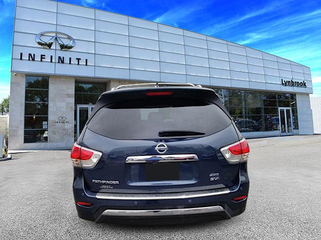 2015 Nissan Pathfinder SV 2