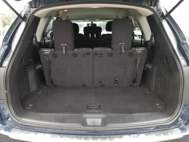 2015 Nissan Pathfinder SV 8