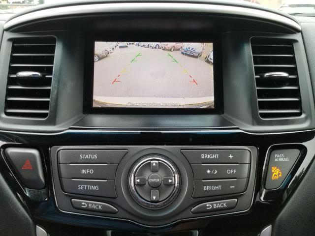 2015 Nissan Pathfinder SV 20