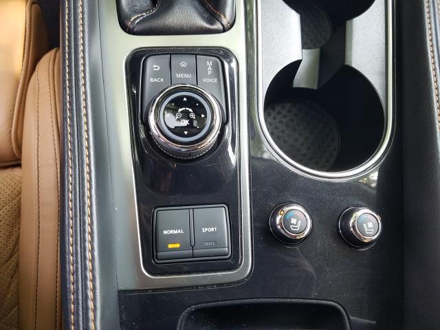 2017 Nissan Maxima SR 22