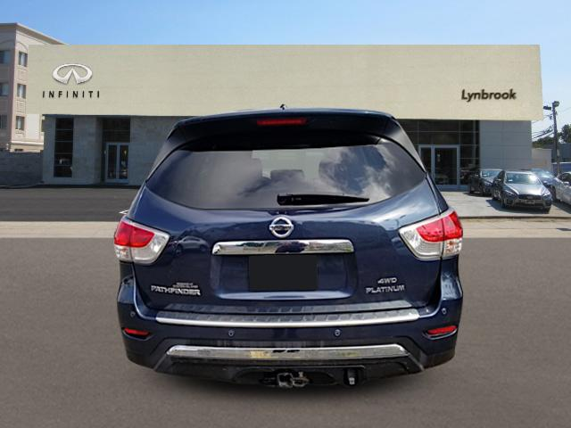 2016 Nissan Pathfinder Platinum 2