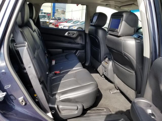 2016 Nissan Pathfinder Platinum 14