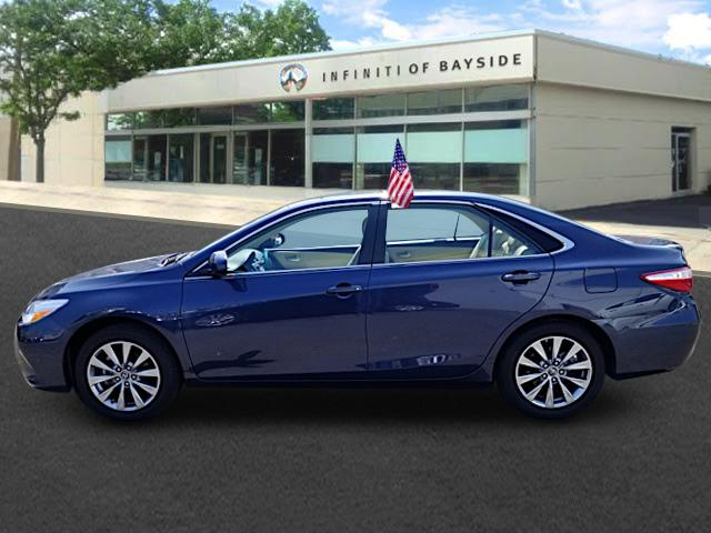 2016 Toyota Camry XLE 0