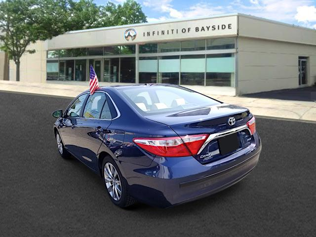 2016 Toyota Camry XLE 1