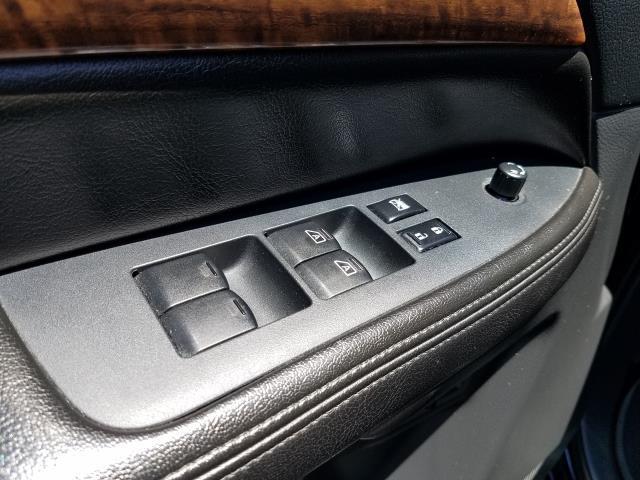 2013 Nissan Armada SL 15