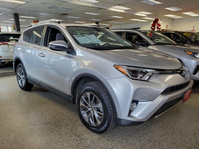 2016 Toyota Rav4 Hybrid XLE [2]